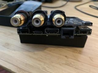 Dissaldare presa USB type-C del mio Khadas Tone Board e sostituire con tipo B Img_2910