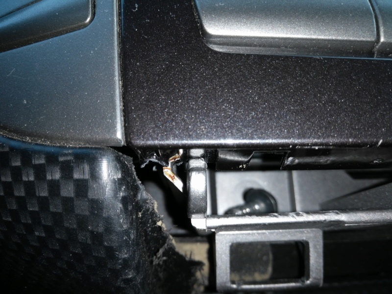 Autoradio bloqué Img_2012