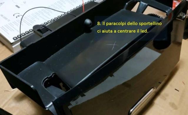 Illuminare vano portaoggetti fronte cambio con led bianco - Pagina 2 F510