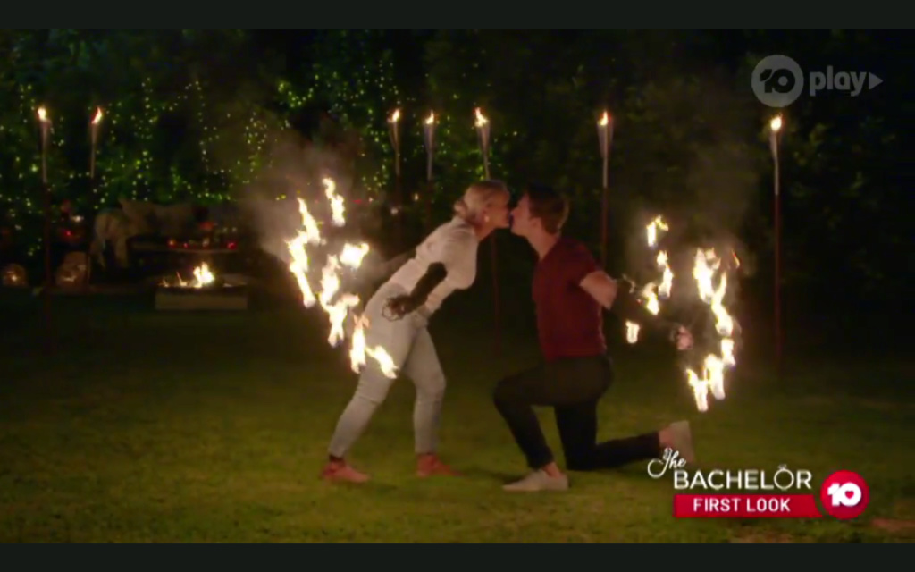 Elly Miles - Roasting Marshmallows/White Dress - Bachelor Australia - Matt Agnew - Season 7 - *Sleuthing Spoilers* - Page 2 Cc8ec310