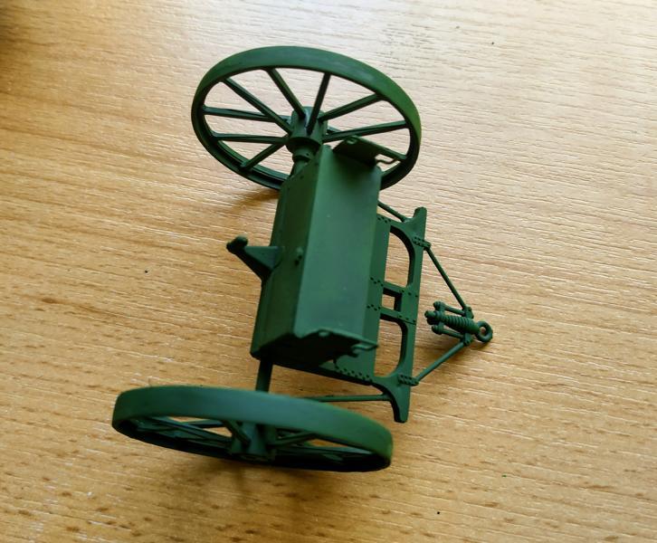 Holt 75 Artillery Tractor w/BL 8-inch Howitzer / Roden, 1:35 K800_i59