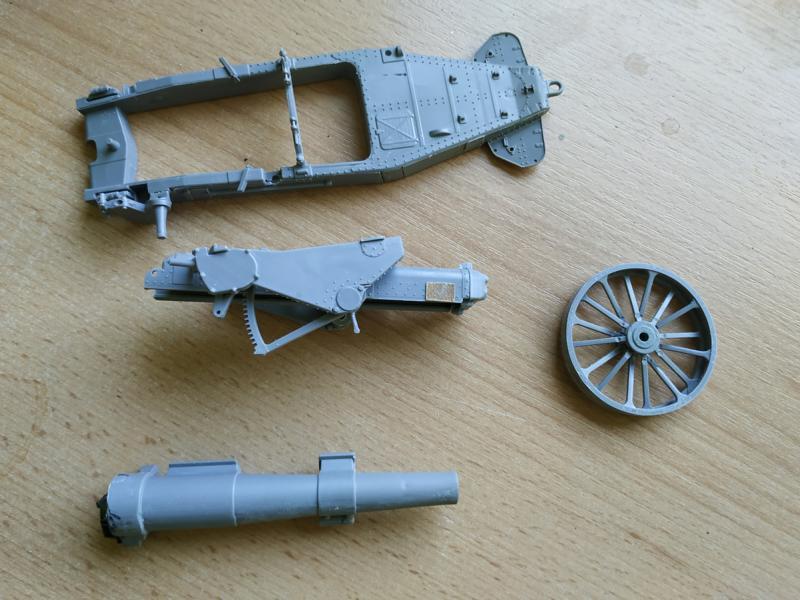 Holt 75 Artillery Tractor w/BL 8-inch Howitzer / Roden, 1:35 K800_i60