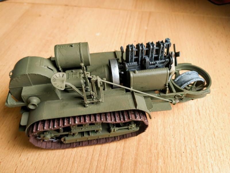 Holt 75 Artillery Tractor w/BL 8-inch Howitzer / Roden, 1:35 K800_i68
