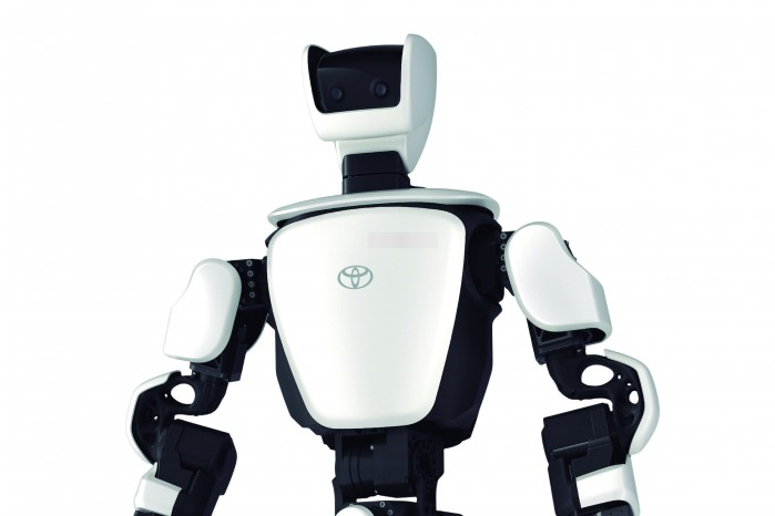 Toyota c'est plus qu'une marque !!! Robot-10