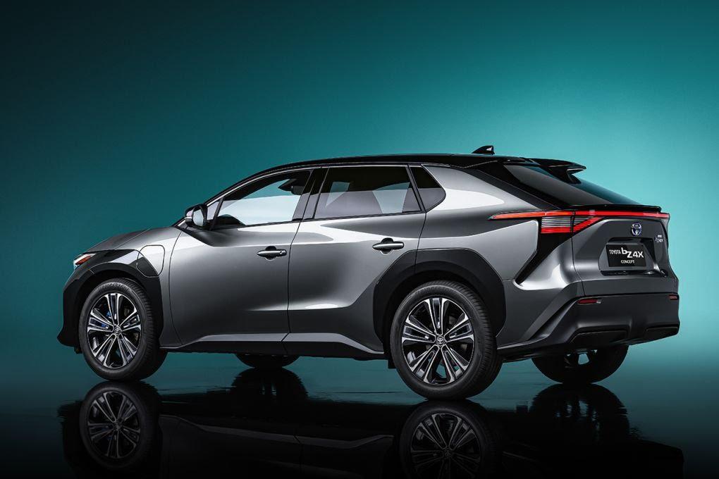 ToyotabZ4X Concept: ce SUV électrique gagnera en autonomie grâce à des panneaux solaires Toyota62
