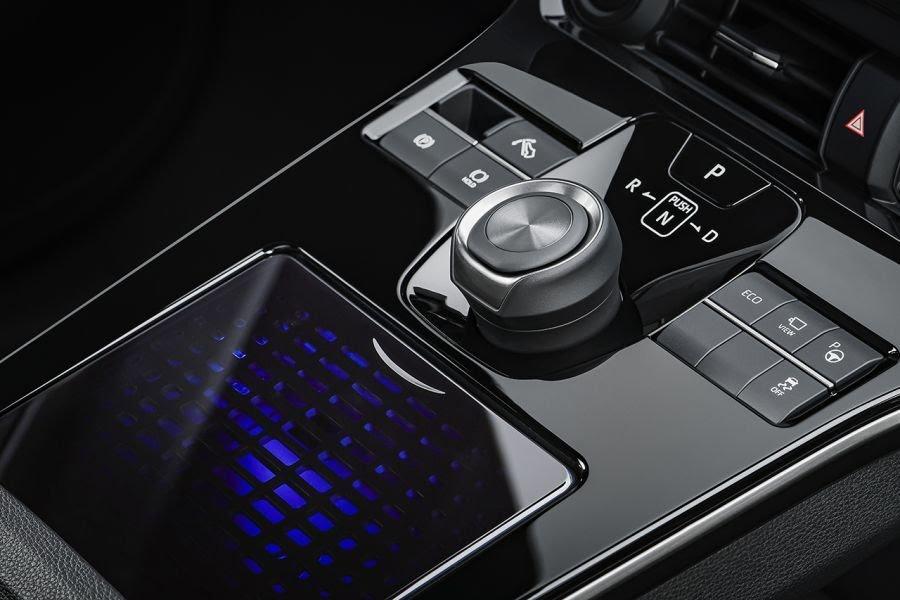 ToyotabZ4X Concept: ce SUV électrique gagnera en autonomie grâce à des panneaux solaires Toyota63