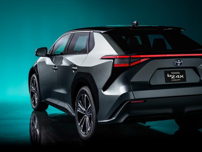 ToyotabZ4X Concept: ce SUV électrique gagnera en autonomie grâce à des panneaux solaires Toyota65