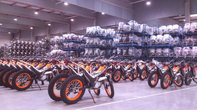 montesa - Las cuatro fábricas de Montesa Santa_11
