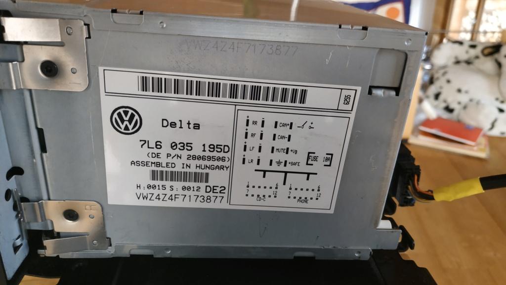Poste DELTA (7L6 035 195A) avec chargeur 6 cds Img_2011