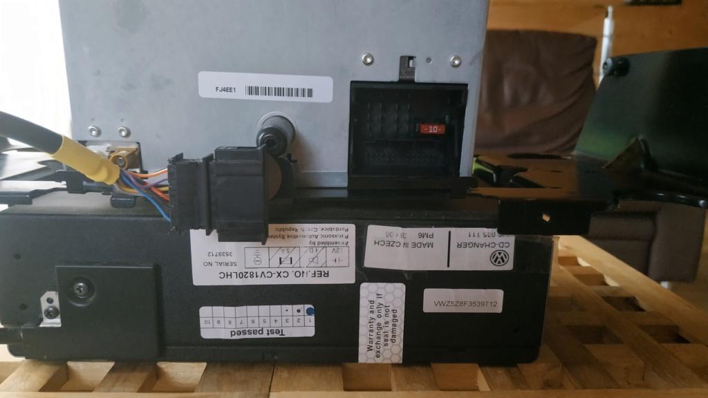 Poste DELTA (7L6 035 195A) avec chargeur 6 cds Img_2012
