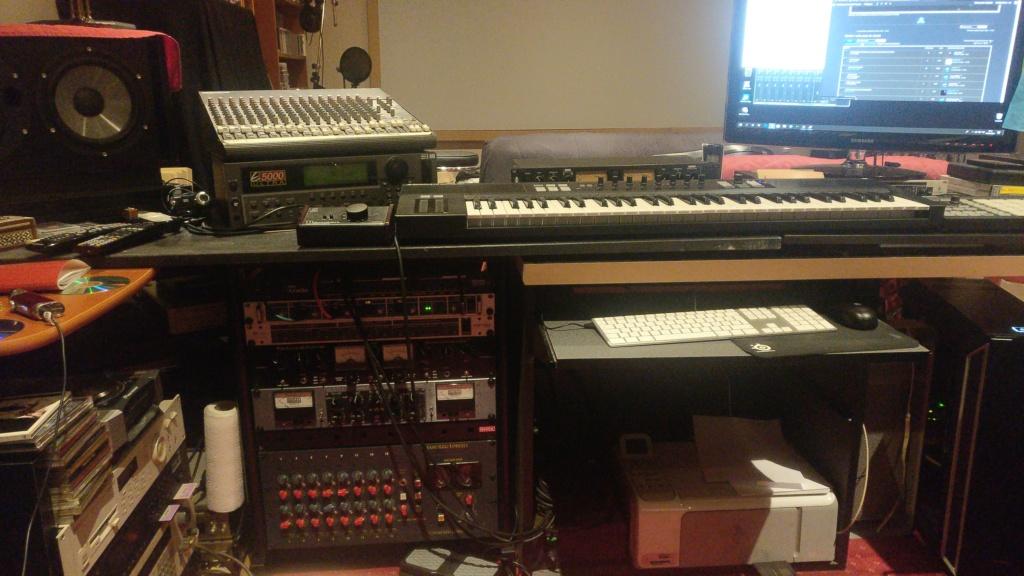 Mon home-studio ;) Img_2011