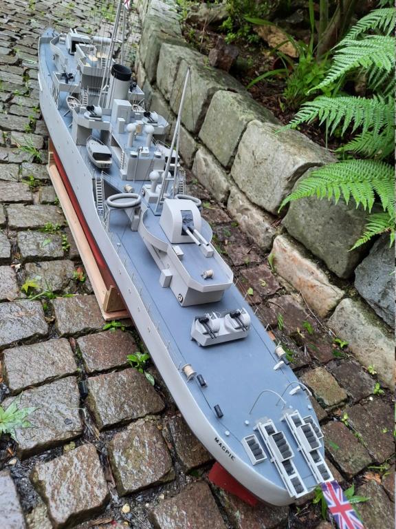 HMS Classe Black Swan 1/72° - Page 3 20210618