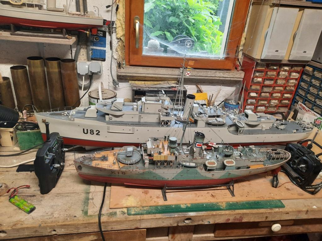 HMS Classe Black Swan 1/72° - Page 3 20210622