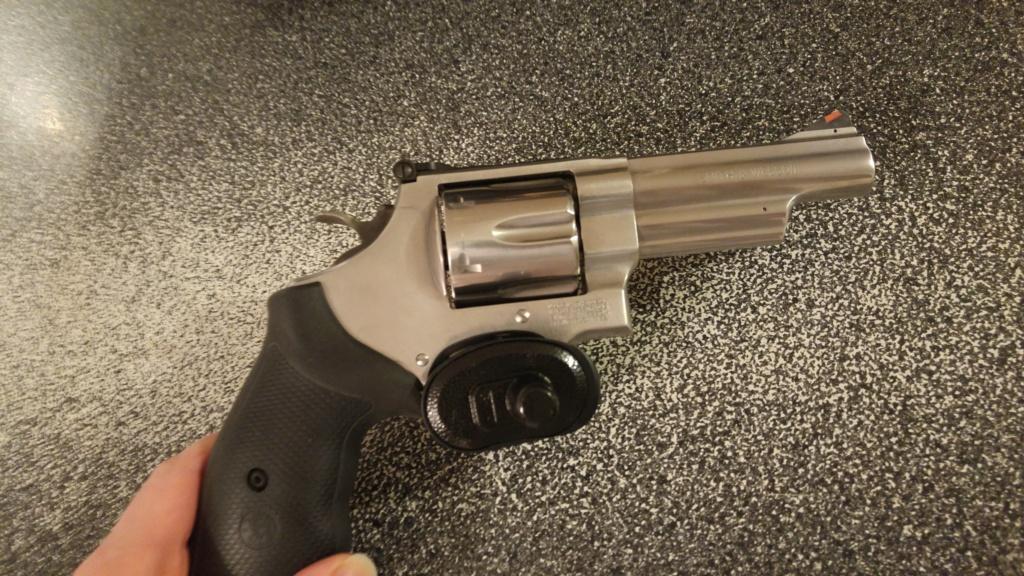 Revolver: Lequel choisir??? - Page 3 13057510