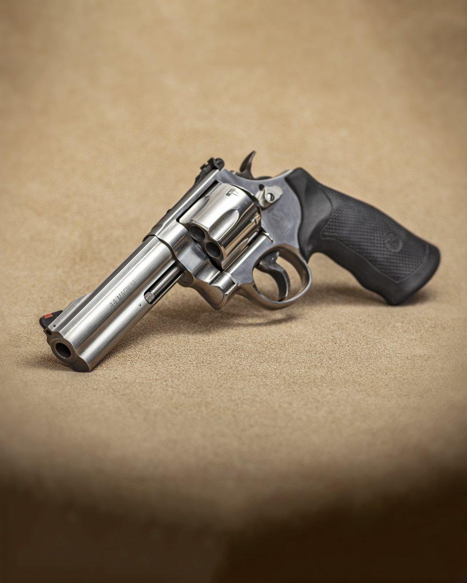 Revolver: Lequel choisir??? - Page 2 Enytpo10