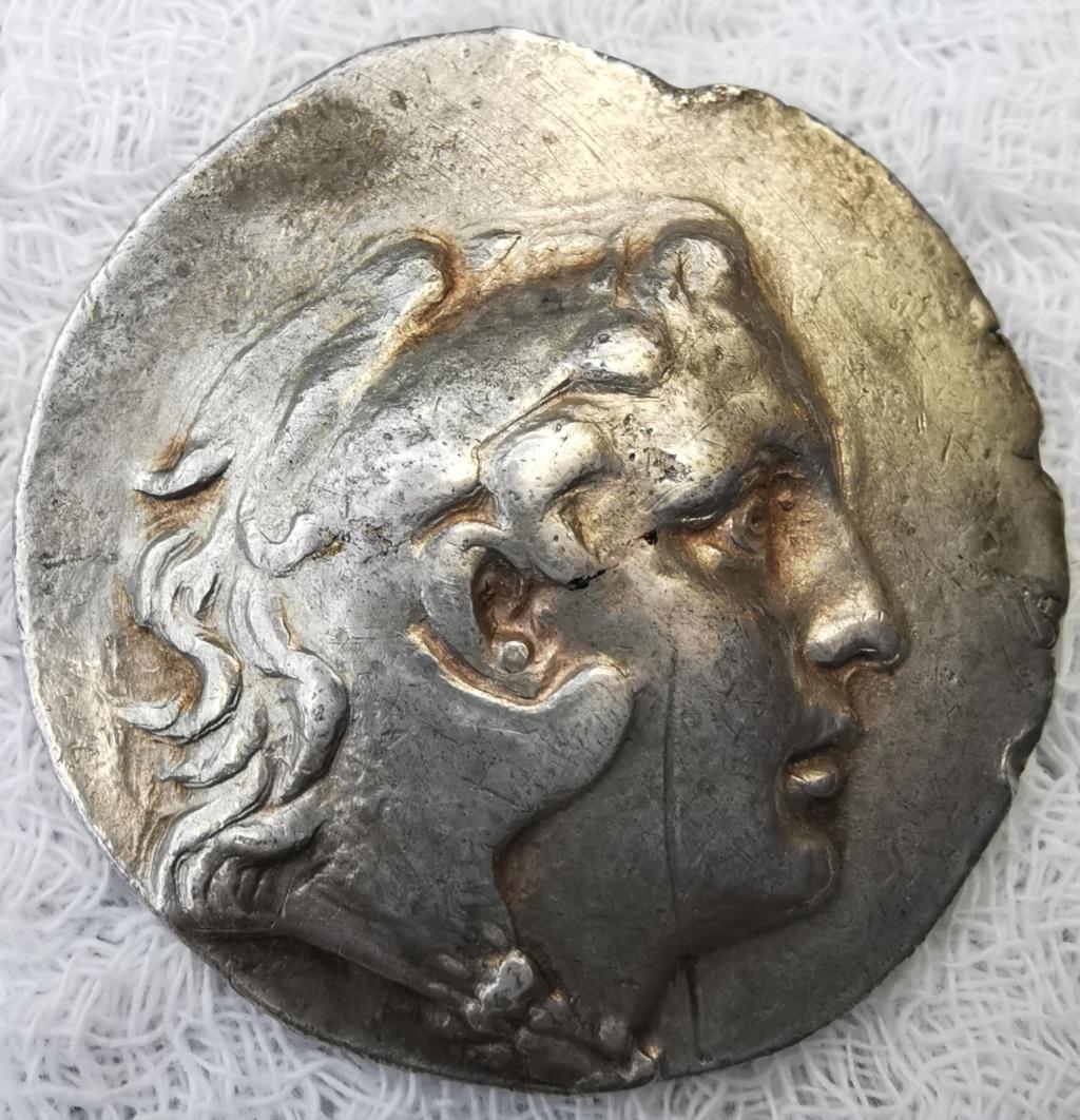 Tetradracma a nombre de Alejandro Magno  Img_2151