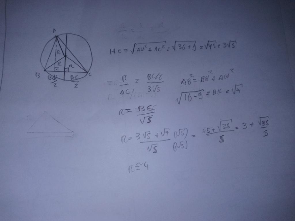 Raio da circunferência circunscrita ao triangulo  20210310