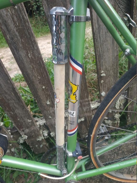 Un bien beau Jacques Anquetil vert  Img_2056