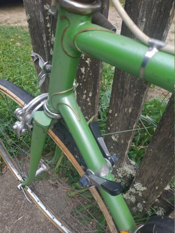 Un bien beau Jacques Anquetil vert  Img_2057