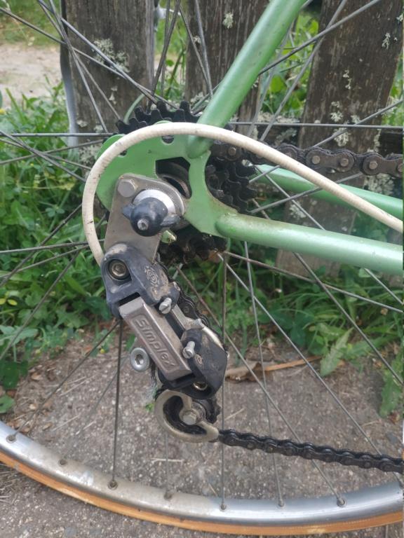 Un bien beau Jacques Anquetil vert  Img_2063
