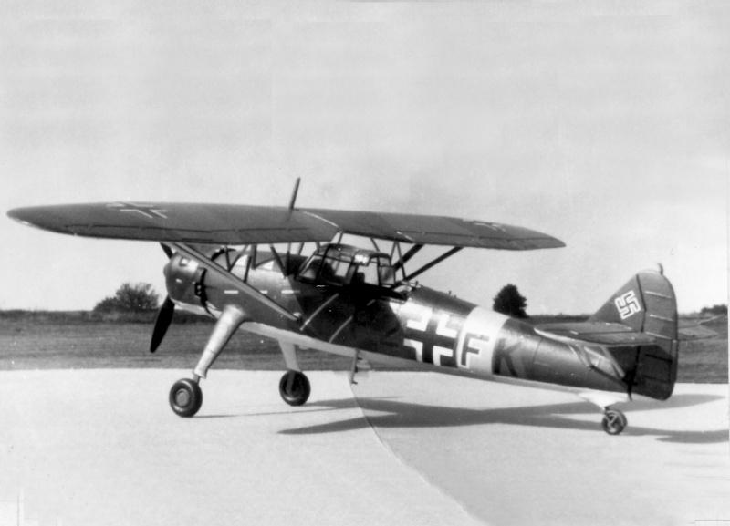 Henschel Hs 126 A/B, Airfix, 1/72, 1977 Img_0086