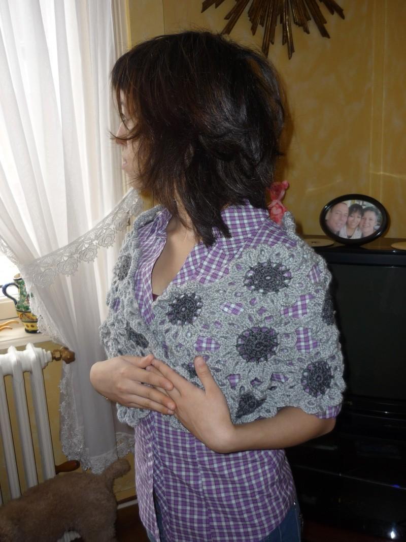 mon écharpe fleurs P1000612