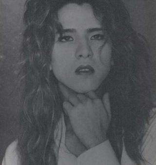 Photos de Yoshiki - Page 4 05110