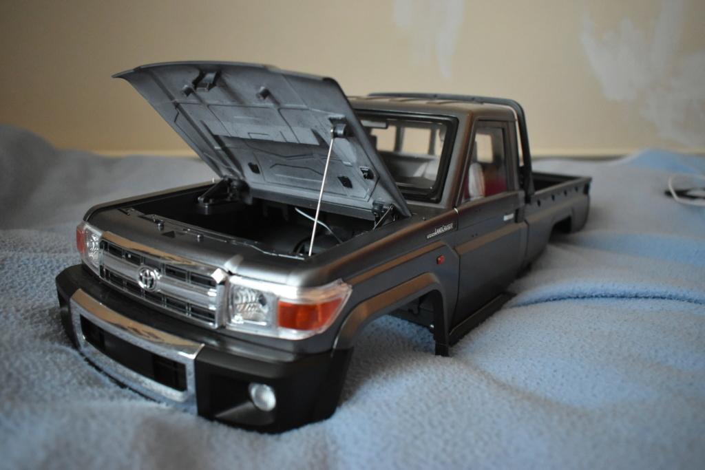 Montage carrosserie Toyota Land Cruiser LC70 Killerbody du Kit BRX01 Dsc_0235