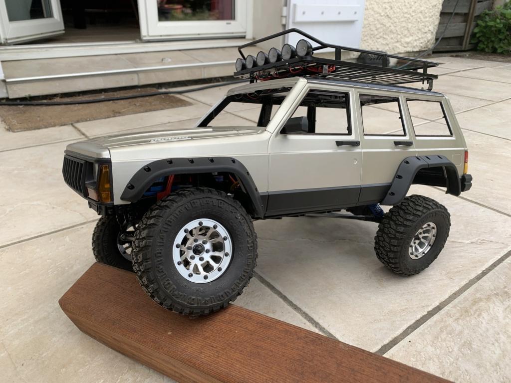 Projet SCX10 II - Carrosserie Comanche et Cherokee XJ Img_6717