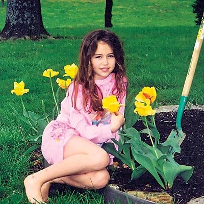 صور لمايلي سايرس <<<<<خطيييره واتحداك ان كنت شفتيها.. 815