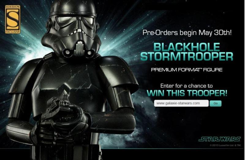 Sideshow - Blackhole Stormtrooper Premium Format Figure Black_11