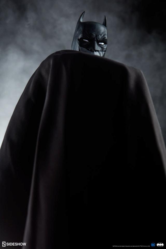 Batman (Noir Version) Sixth Scale Figure  Batma150