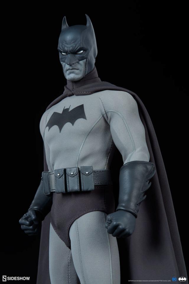 Batman (Noir Version) Sixth Scale Figure  Batma154