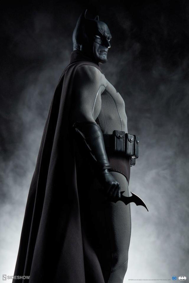 Batman (Noir Version) Sixth Scale Figure  Batma156