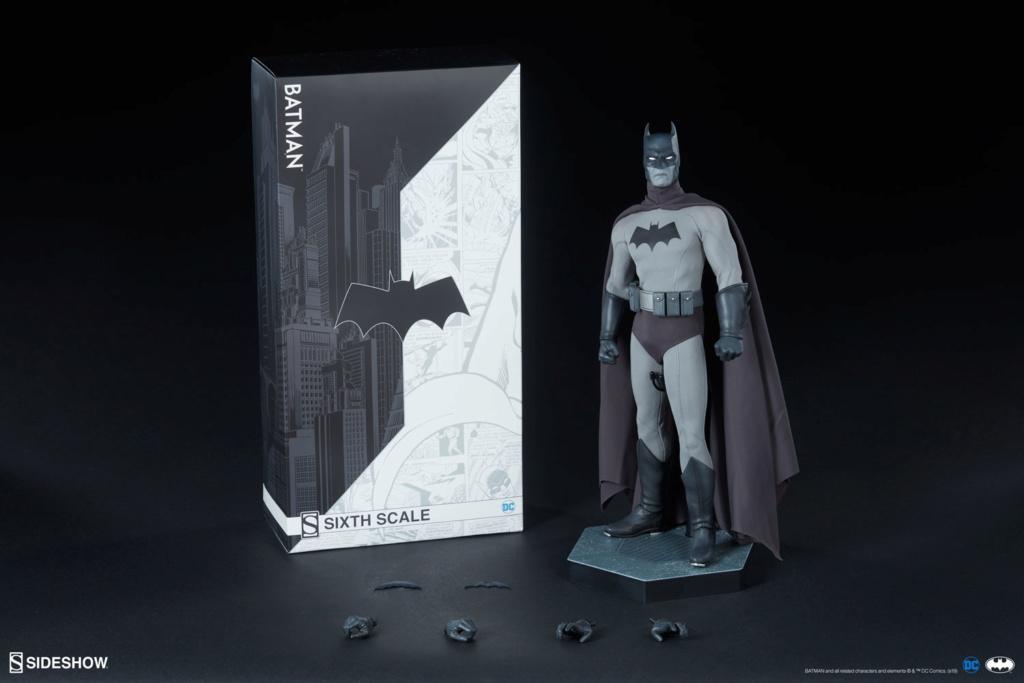 Batman (Noir Version) Sixth Scale Figure  Batma157