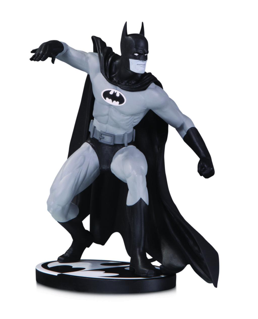 BATMAN BLACK & WHITE: BATMAN BY GENE COLAN STATUE Batman13