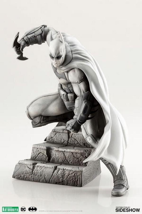 BATMAN ARTFX 1:10 - Arkham City 10th Anniversary  Batman16