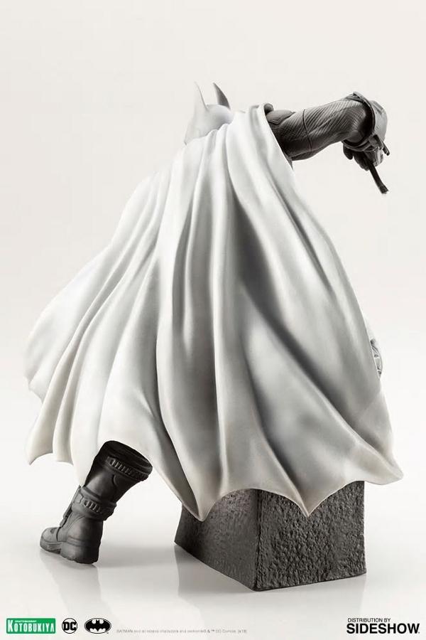 BATMAN ARTFX 1:10 - Arkham City 10th Anniversary  Batman19