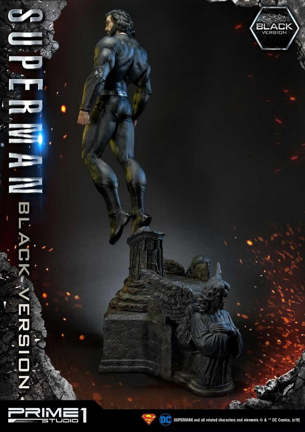 DC Comics – Black Suit Superman 1/3 scale Statue Dc_com17