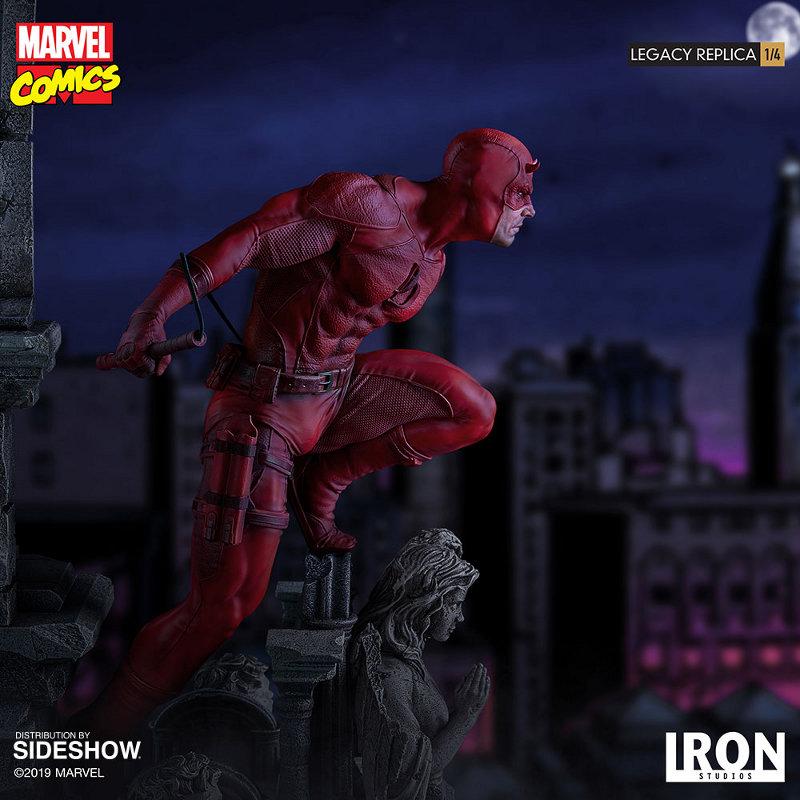 IRON STUDIOS : Daredevil Legacy 1/4th Scale Statue Iron-107
