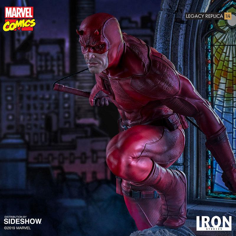 IRON STUDIOS : Daredevil Legacy 1/4th Scale Statue Iron-108