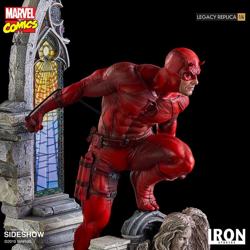 IRON STUDIOS : Daredevil Legacy 1/4th Scale Statue Iron-114