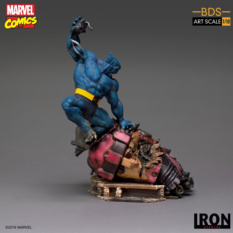 IRON STUDIOS : X-Men Battle Diorama Series Beast Statue  Iron-225