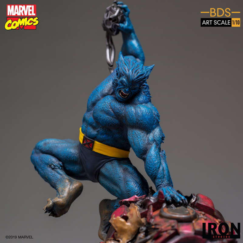 IRON STUDIOS : X-Men Battle Diorama Series Beast Statue  Iron-229