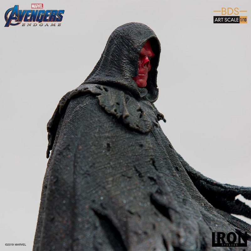 IRON STUDIOS : Avengers: Endgame – Red Skull Battle Diorama Statue Iron-s36