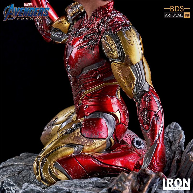 "IRON STUDIOS : Avengers: Endgame – ""I Am Iron Man"" 1/10 Scale Battle Diorama Statue Iron-s76"