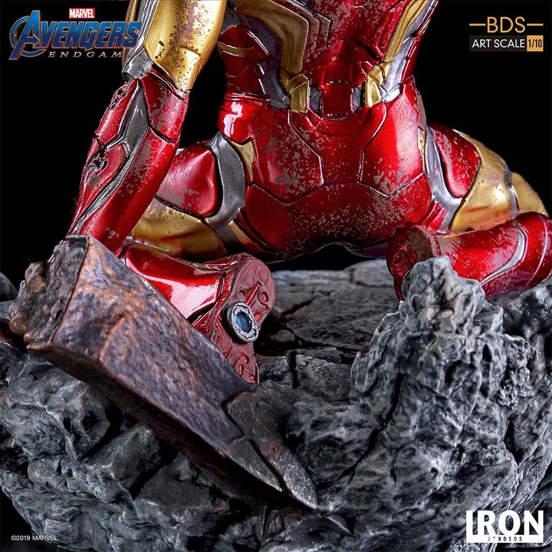 "IRON STUDIOS : Avengers: Endgame – ""I Am Iron Man"" 1/10 Scale Battle Diorama Statue Iron-s77"