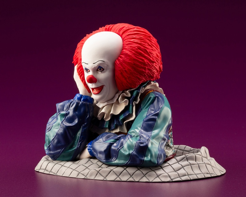 IT 1990 – DOKODEMO Series Pennywise ARTFX Statue It_19915