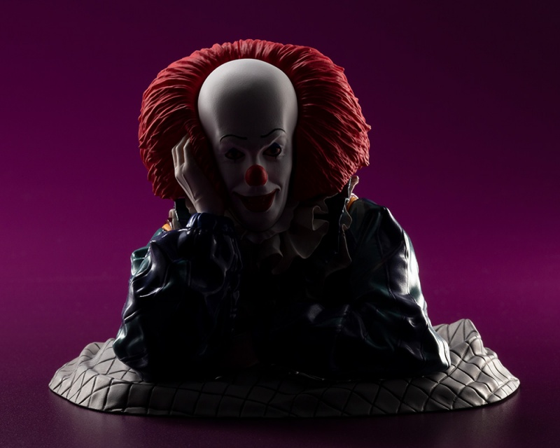 IT 1990 – DOKODEMO Series Pennywise ARTFX Statue It_19919