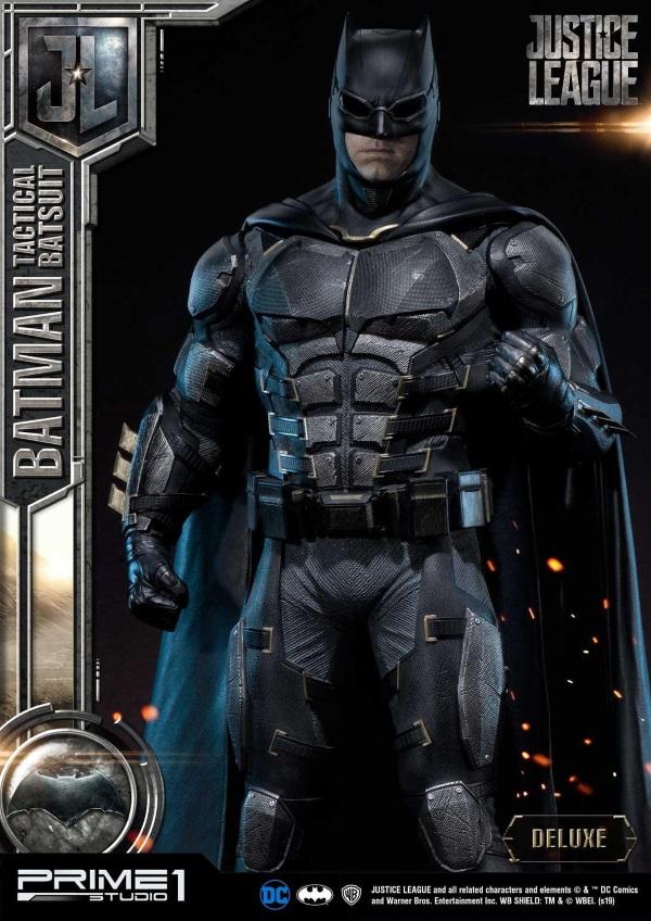 Justice League – Tactical Suit Batman 1/3 scale Statue Justic11